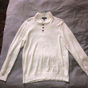 Express sweater with buttons